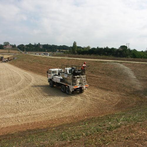 Contrôle de l'érosion des flancs de bassins par SOLEV