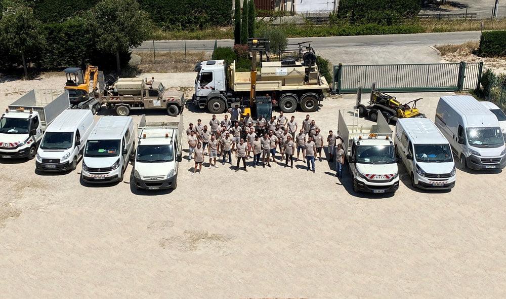 la trentaine de salariés de SOLEV intervient dans le Sud-Est de la France avec un objectif : mettre en valeur vos espaces verts.